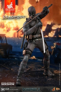 |HOT TOYS  Deadpool 2 Movie Masterpiece Actionfigur 1/6 Deadpool Dusty Ver. Hot Toys Exclusive