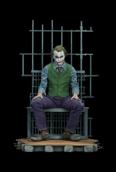 SIDESHOW | Batman The Dark Knight Premium Format Statue The Joker 51 cm